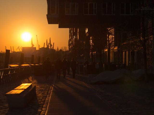Sonnenuntergang am Dalmannkai
