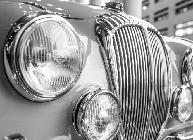 Daimler V250 – Kühlergrill