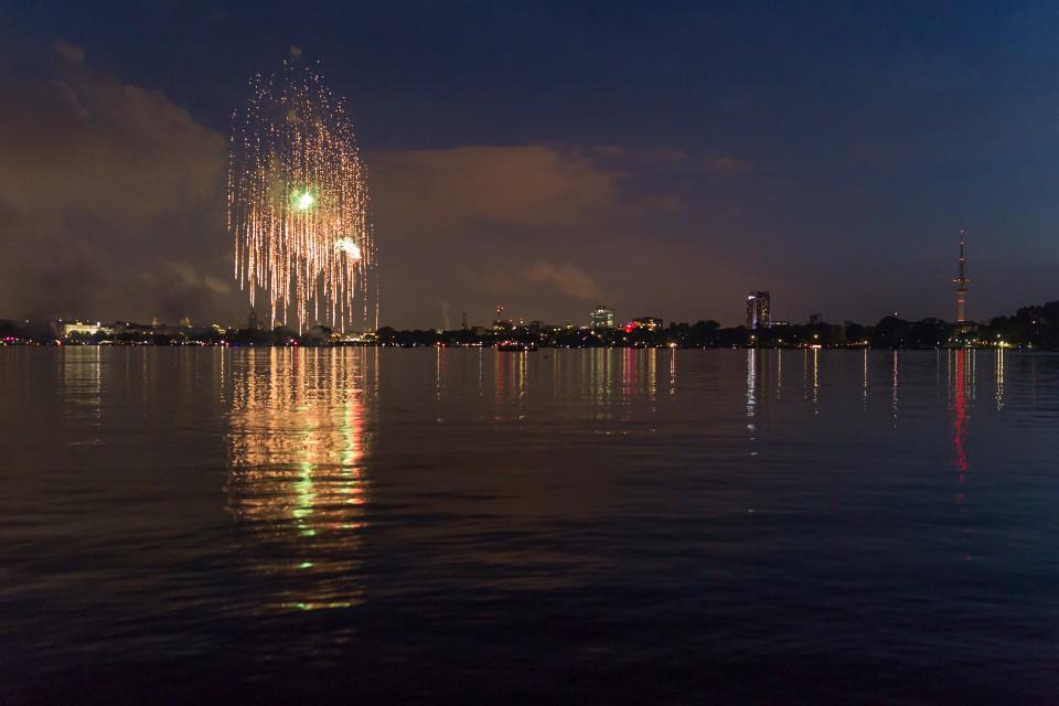 Feuerwerk Aussenalster – Bild 3
