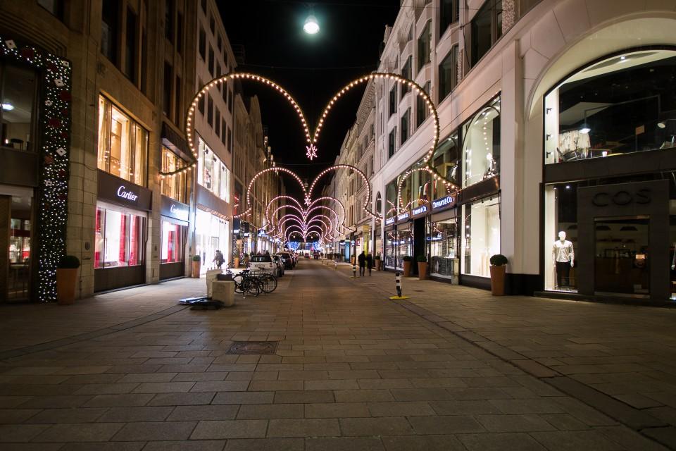 Dezembernacht in Hamburg - Teil 2
