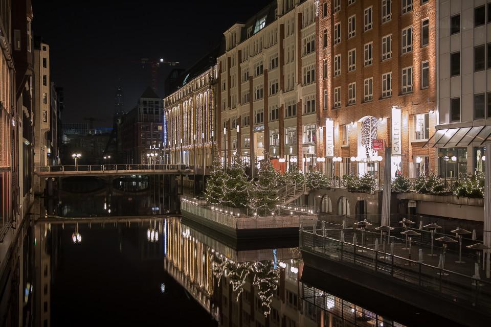Dezembernacht in Hamburg - Teil 3